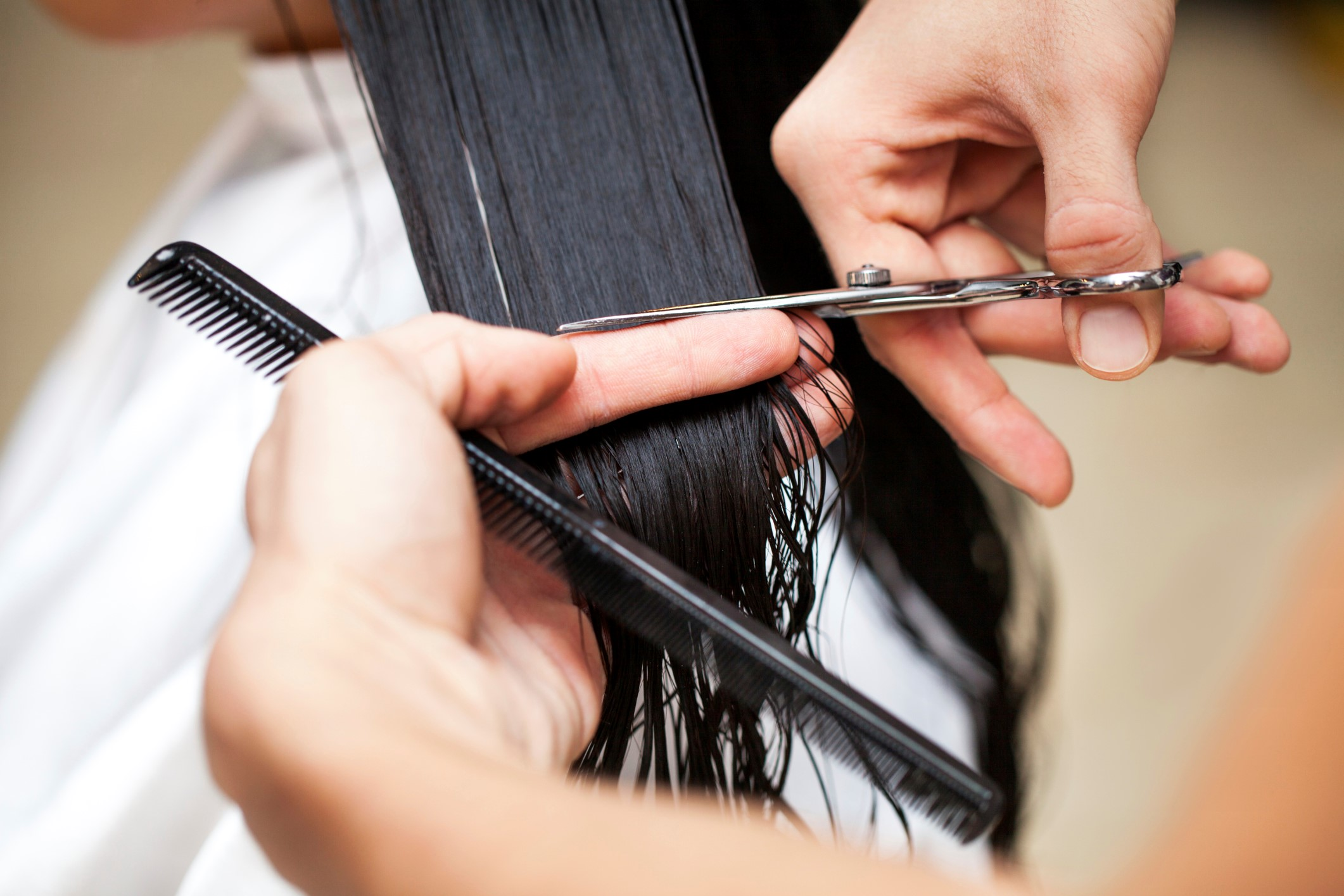 Cut the hair topper length to match your short hair